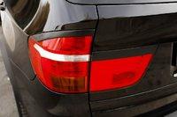 Накладки на стопы (реснички) BMW X5 (E70) 2007-2010