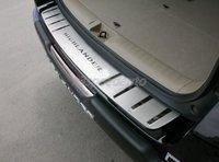Накладка на задний бампер Toyota Highlander (метал)