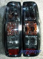 Стопы диодные Nissan Frontier / Navara 2005+ дымчатые